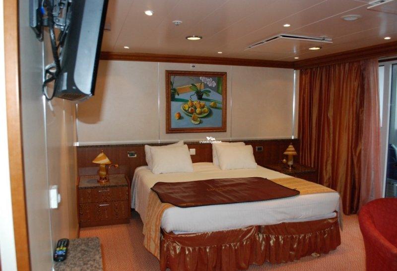 Cabin  6182