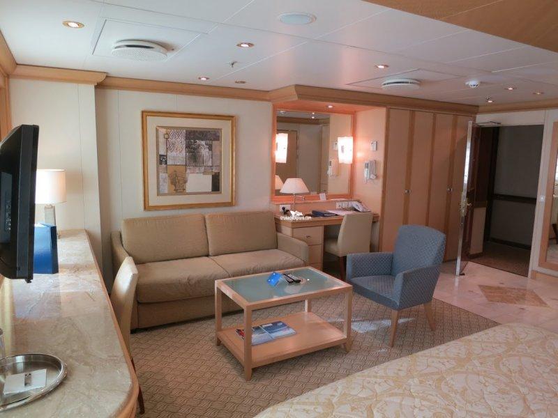 Golden Princess Deck Plans Diagrams Pictures Video