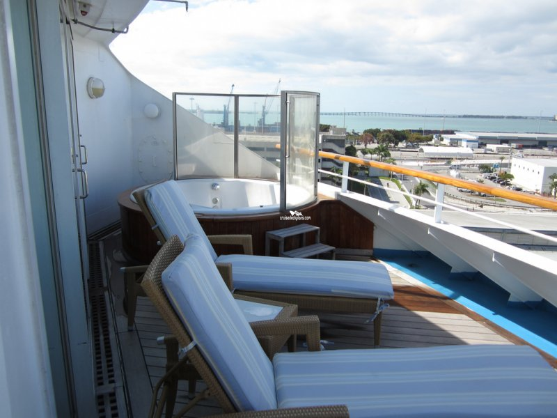 Norwegian Sun Owners Suite Category
