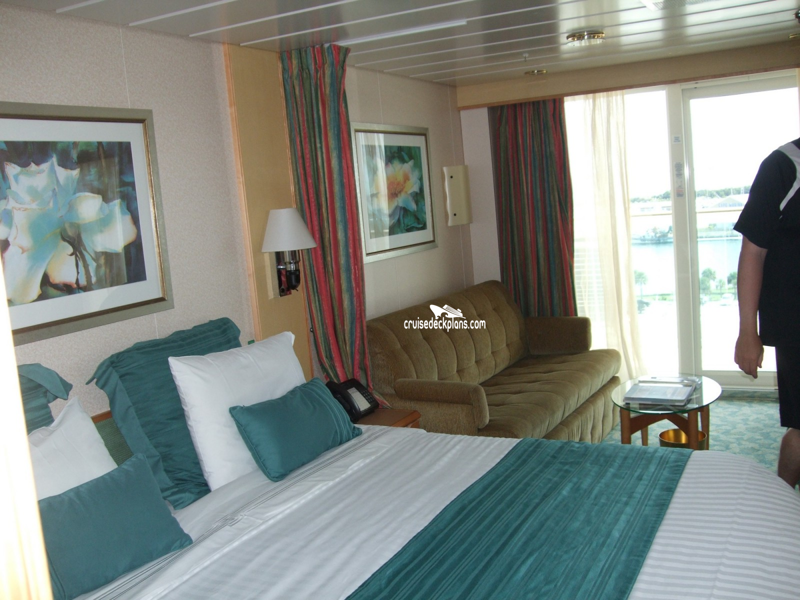 Pam holtz freedom of the seas cabin photos for Liberty of the seas best cabins