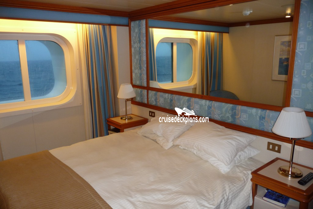 Diamond princess deck plans cabins for Cabin bed plans