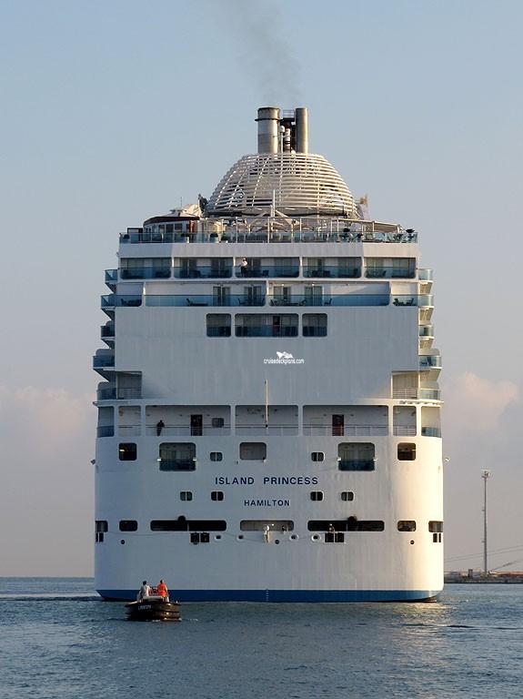 Celebrity summit ship captain