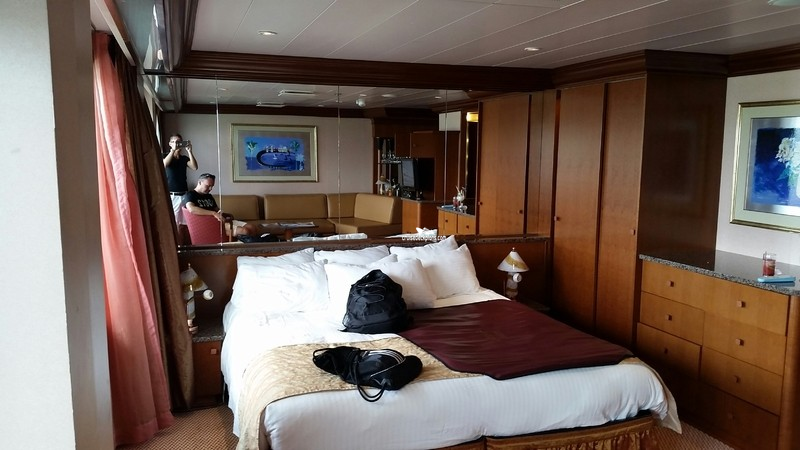 Carnival Conquest Grand Suite Category
