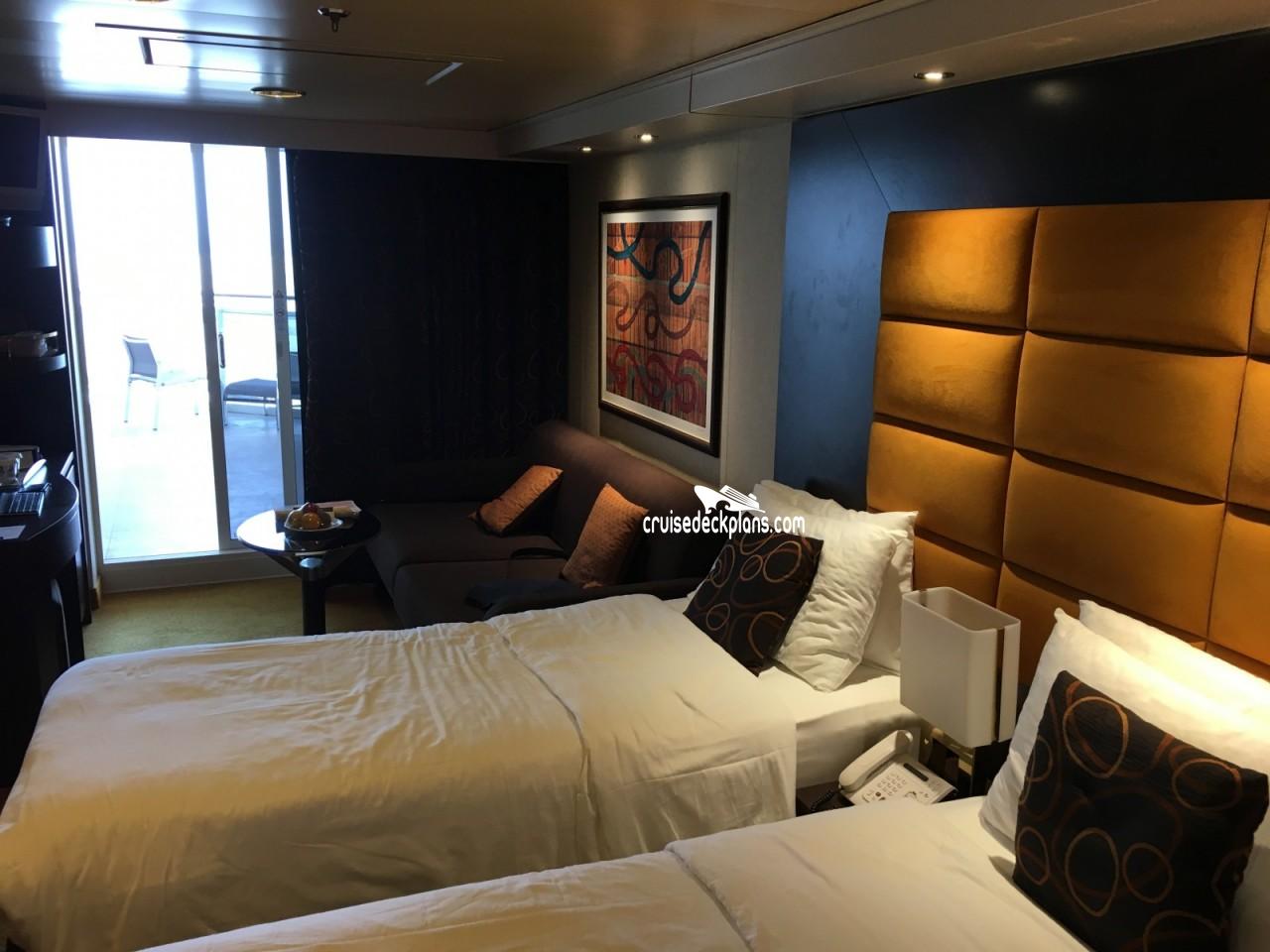 Msc fantasia arcobaleno deck plan tour for Balcony stateroom
