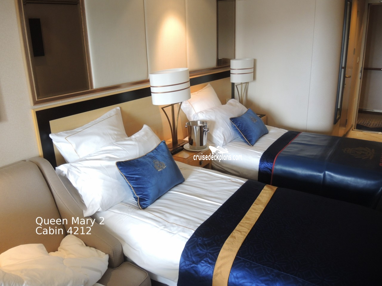Queen mary balcony category for Balcony stateroom