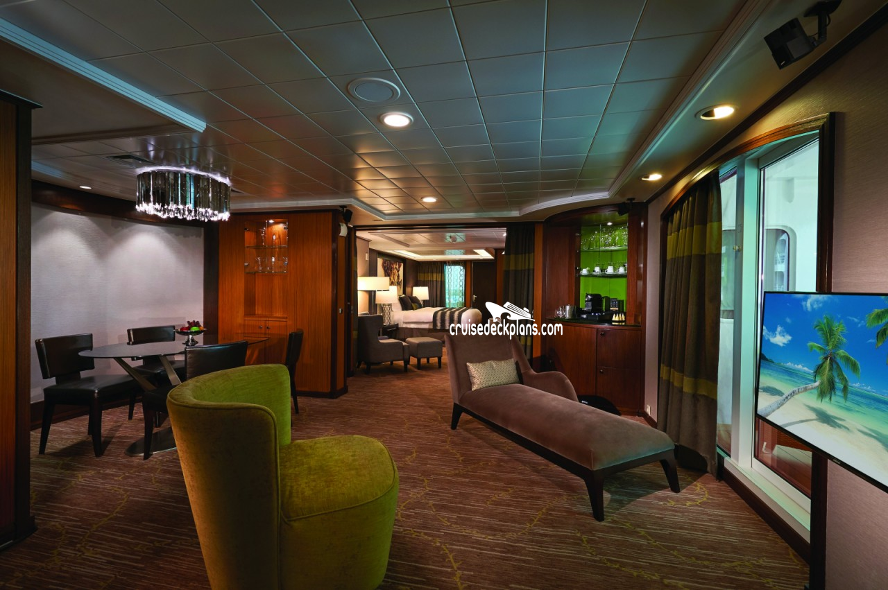 Norwegian Jade The Haven Owners Suite Category