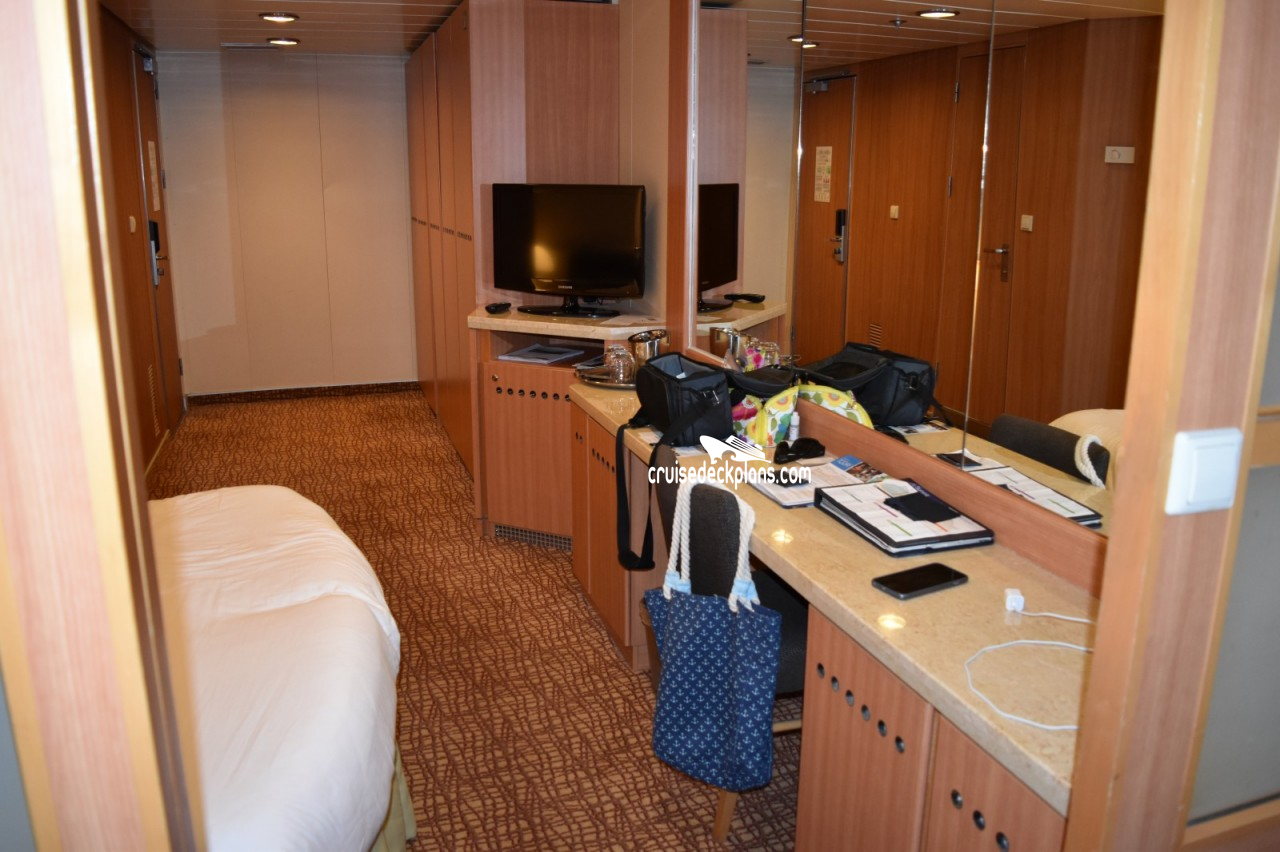 Cabin 8166 on Celebrity Summit Pros and Cons