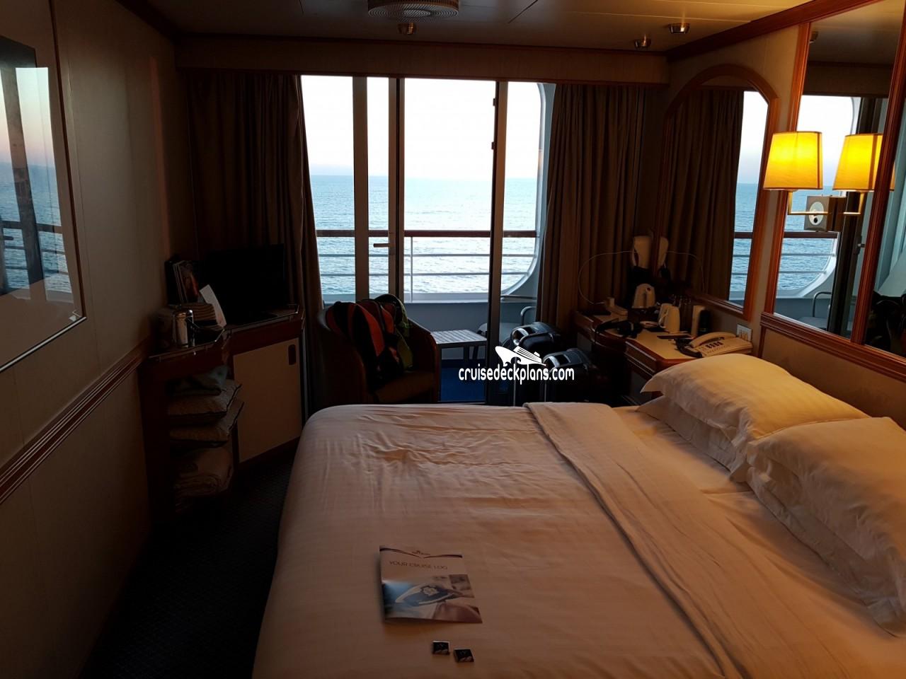 Oceana Deck Plans Diagrams Pictures Video