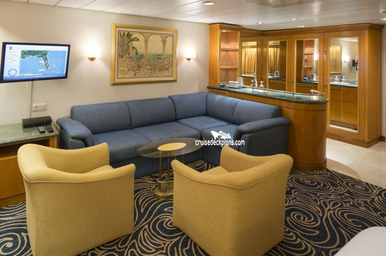 Rhapsody of the seas grand suite 1 bedroom category for Rhapsody of the seas cabins deck 2