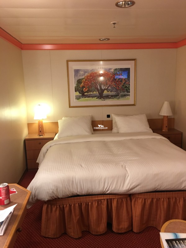 Carnival Dream Twin Beds