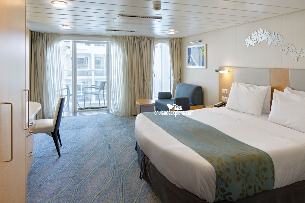 Oasis of the seas deck plans diagrams pictures video for Oasis of the seas cabin