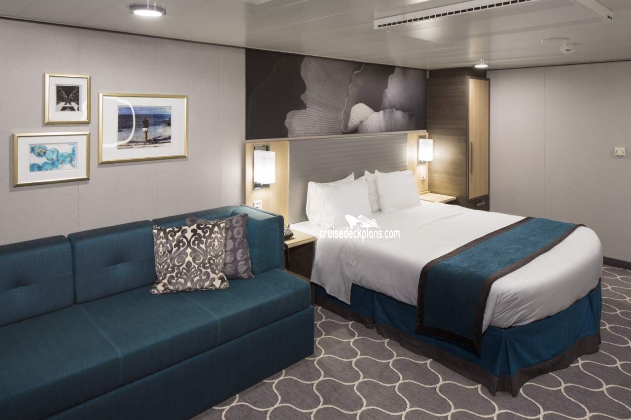 Symphony of the seas boardwalk and park balcony stateroom for Balcony stateroom