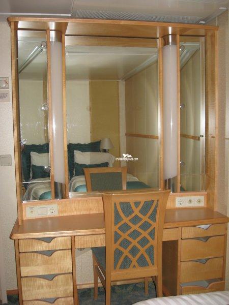 Mariner Of The Seas Grand Suite 2 Bedroom Stateroom