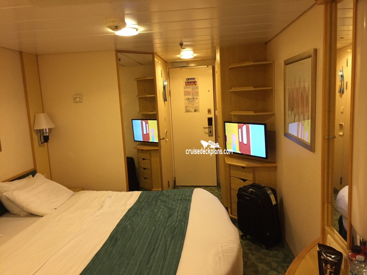Liberty of the seas deck plans diagrams pictures video for Liberty of the seas best cabins