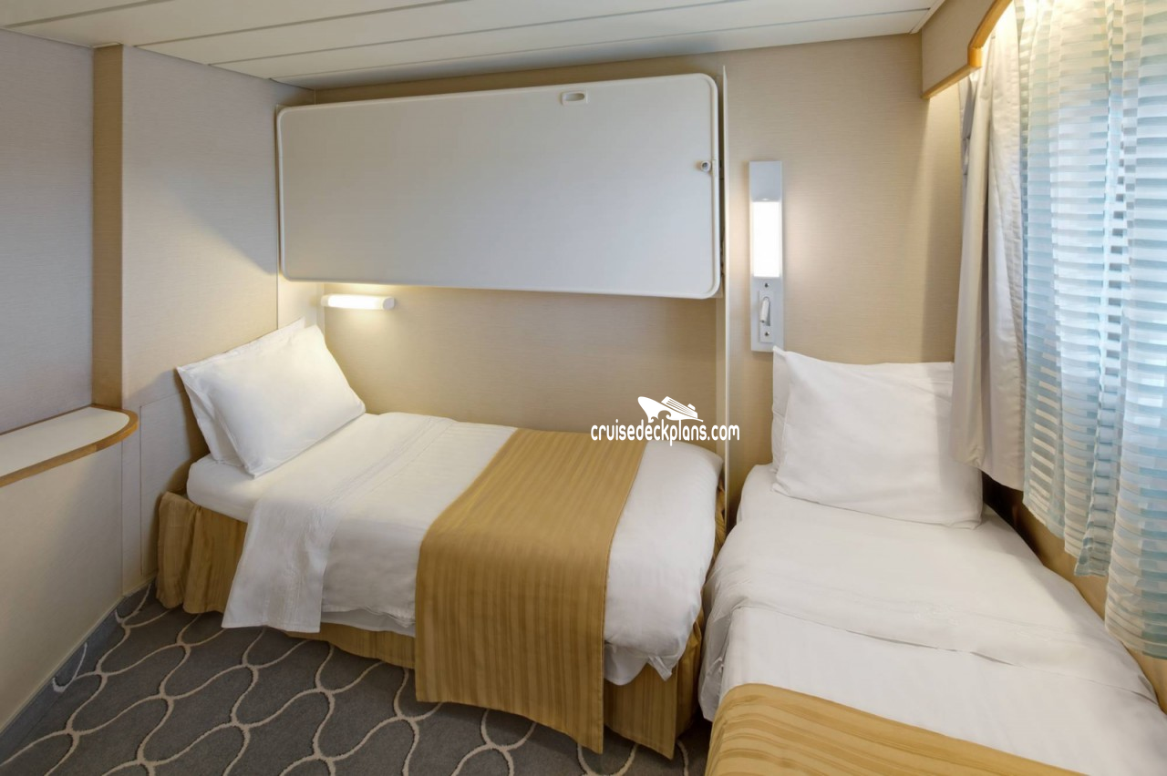 Click to zoom Family Suite Cabin Picture