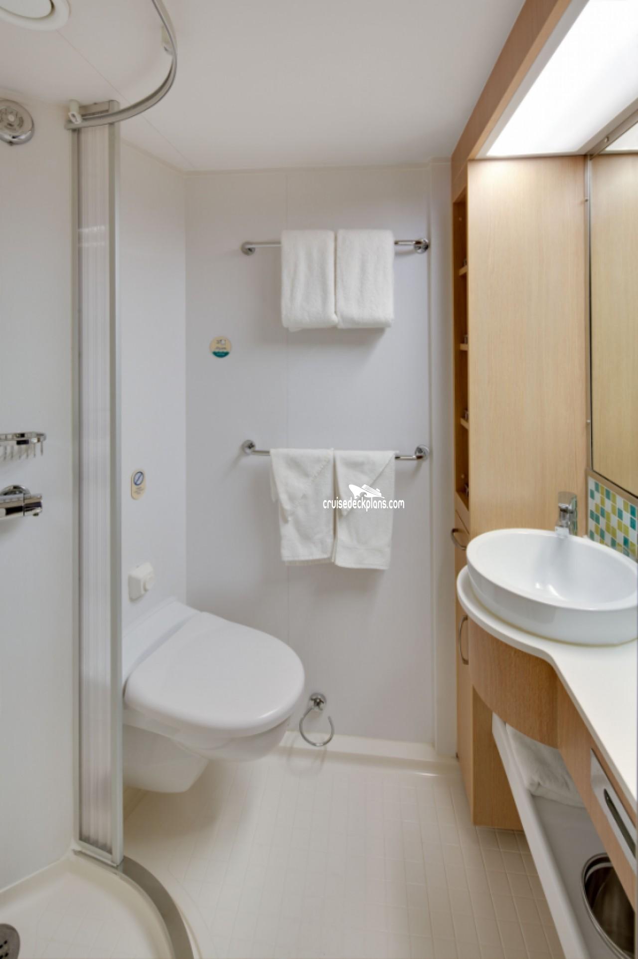 2 Bedroom Suite Mandalay Bay: Grandeur Of The Seas Grand Suite