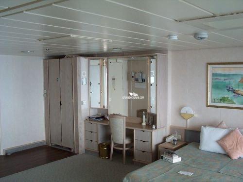 Vision Of The Seas Junior Suite Details