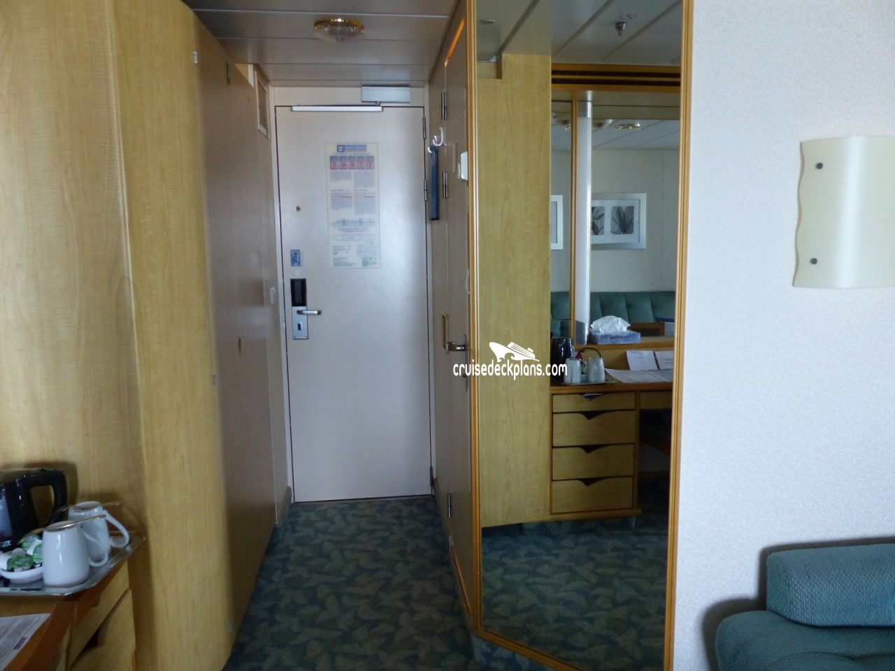 Independence Of The Seas Balcony Stateroom