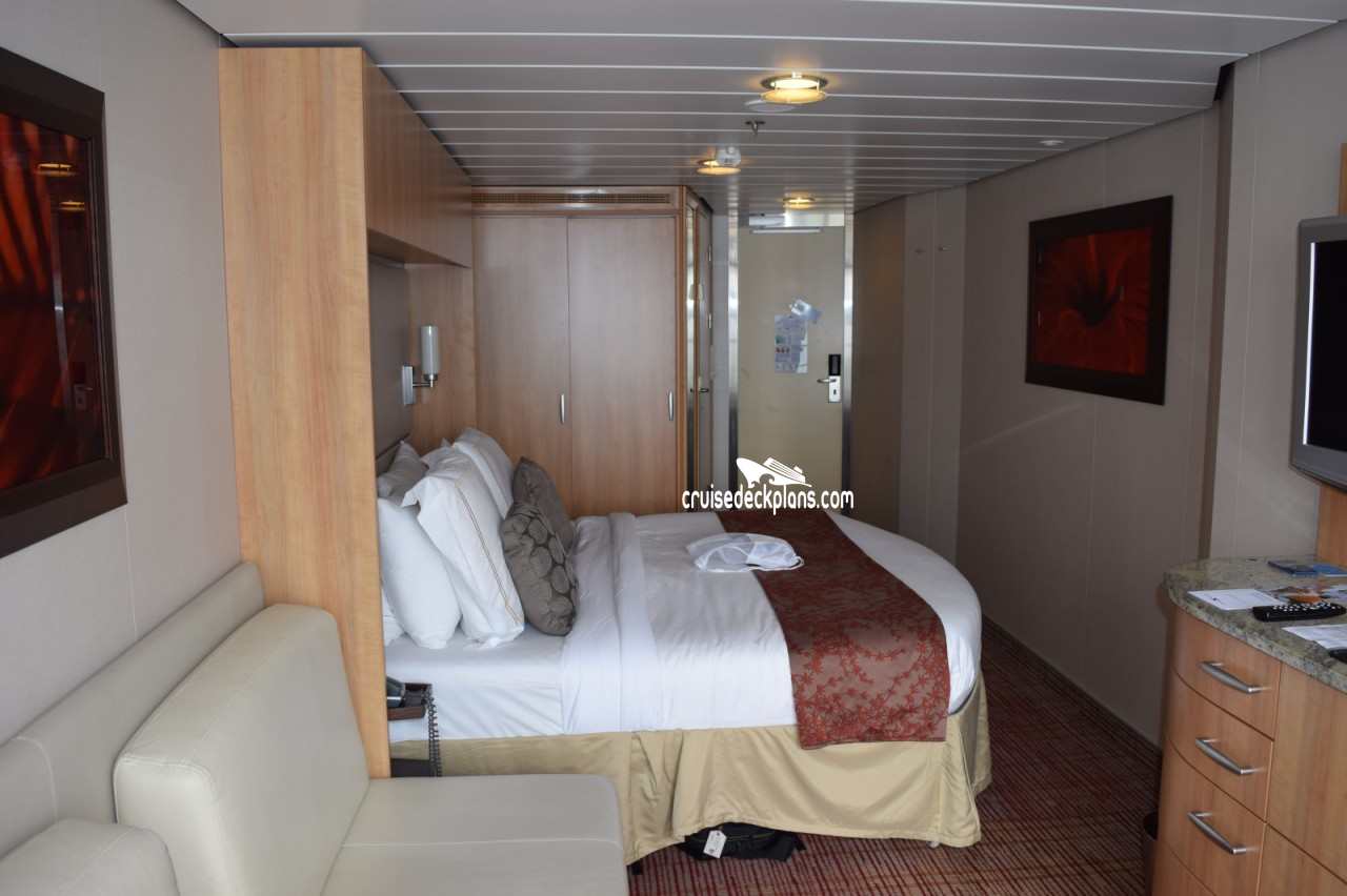 Celebrity Solstice cabins and suites | CruiseMapper