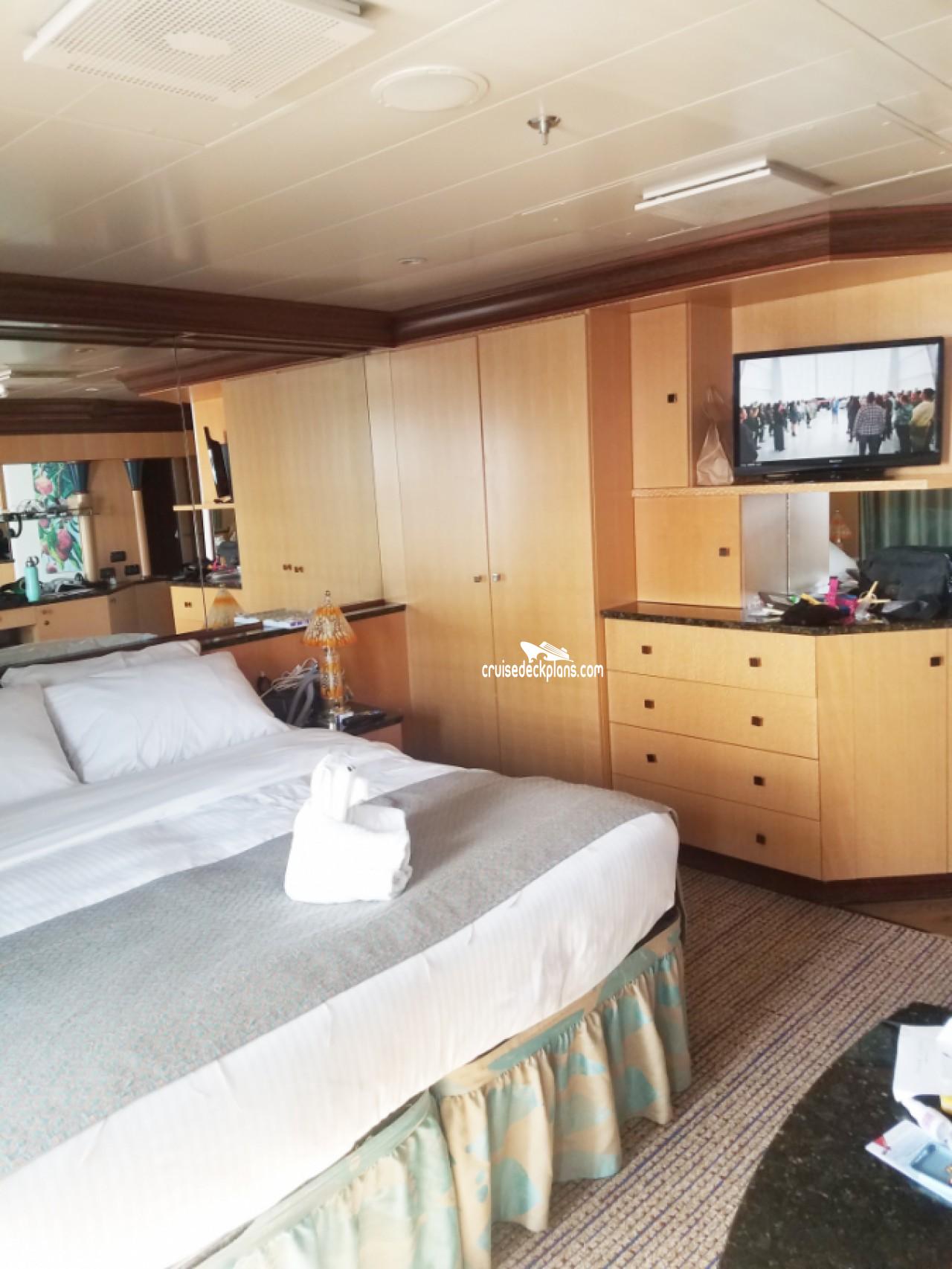 Carnival Magic Ocean Suite Stateroom Details