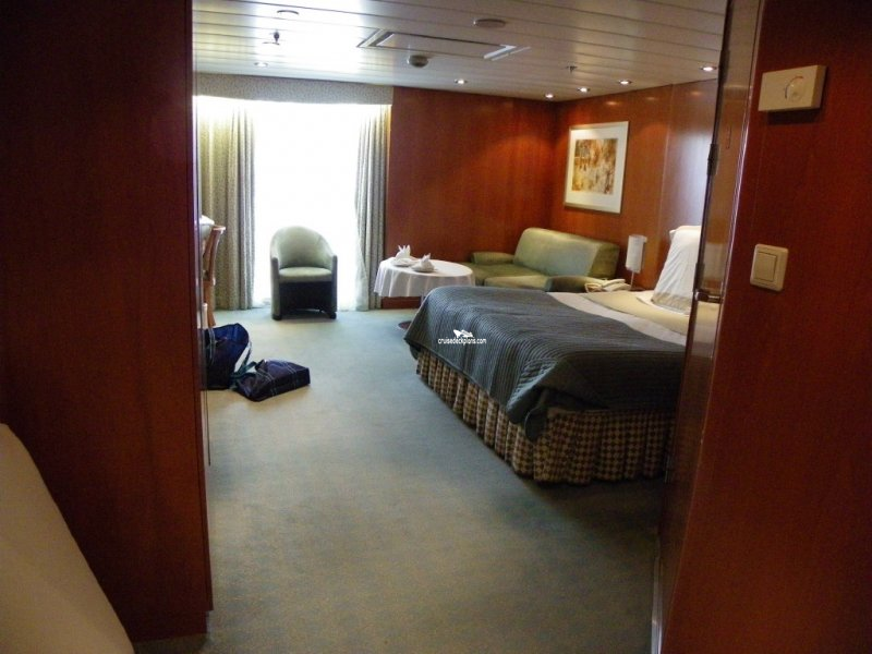 Celebrity Summit Sky Suite Details