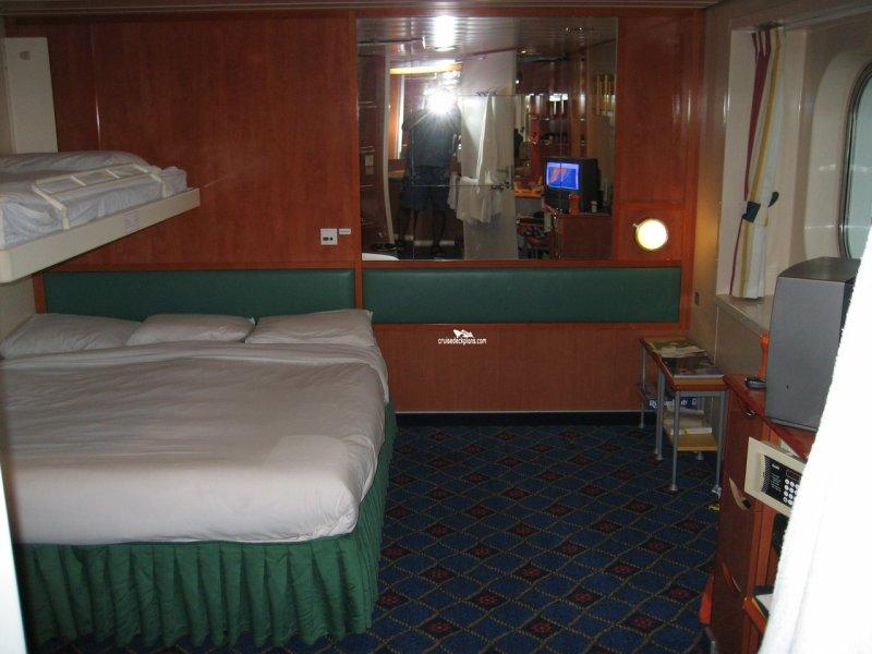 Cabin 8128
