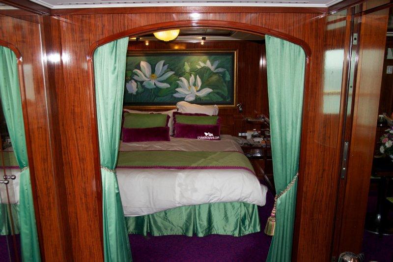 Bedroom Layout Pics