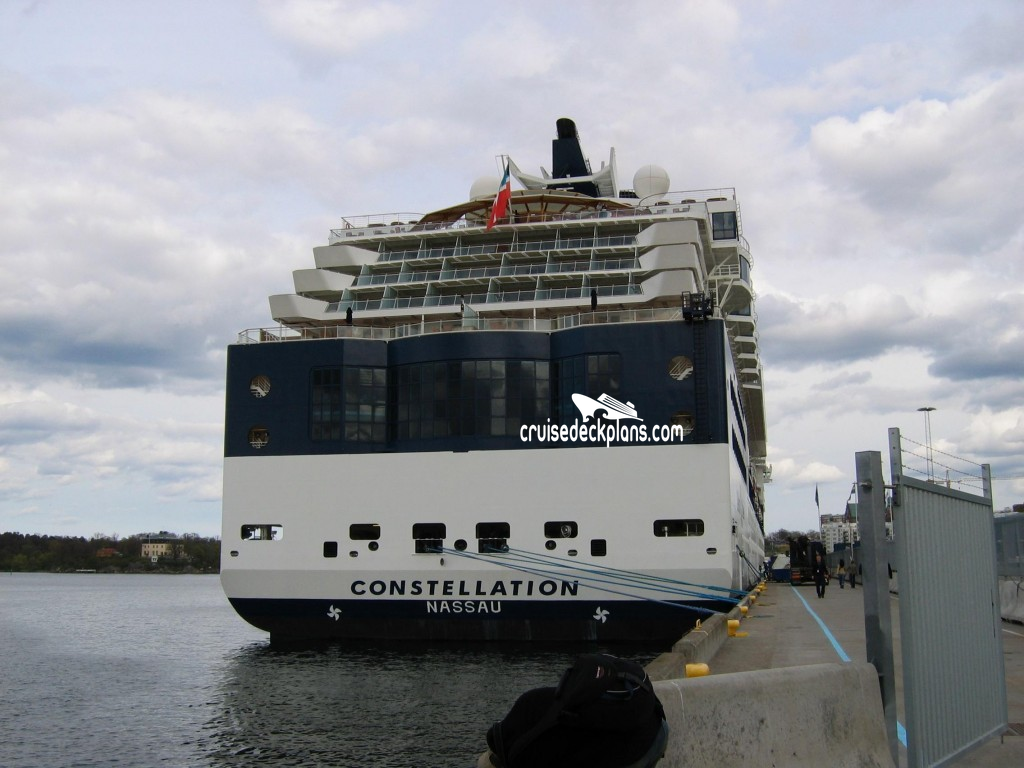 Celebrity constellation vs carnival victory