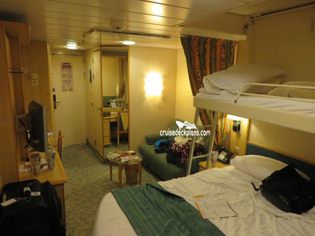 Freedom class deluxe balcony for Liberty of the seas best cabins