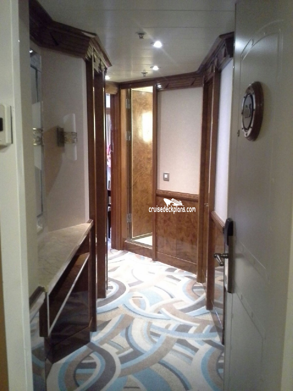 2 Bedroom Suites In Savannah Ga: Disney Magic Two Bedroom Suite Category