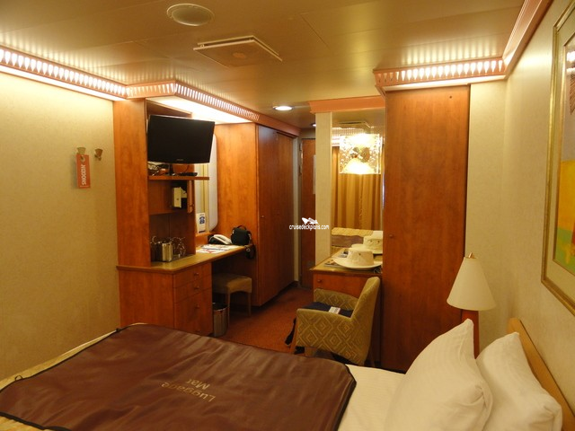 Carnival Glory Interior With Picture Window Category