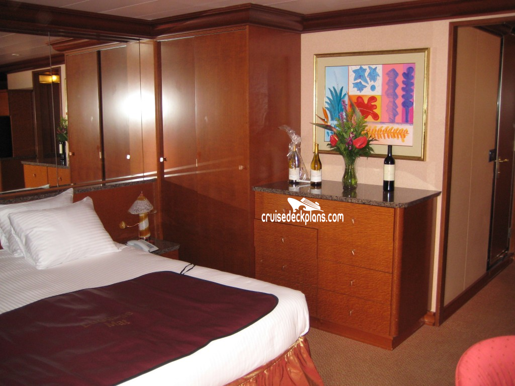 Carnival Glory Grand Suite Stateroom