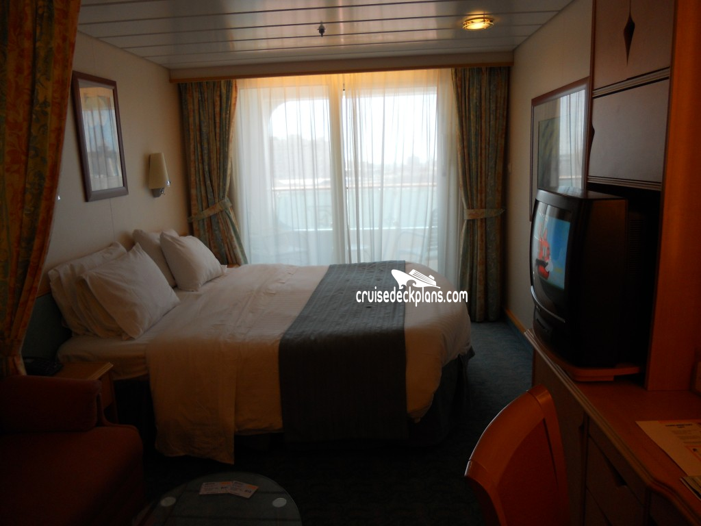 Voyager of the seas balcony category for Deluxe balcony