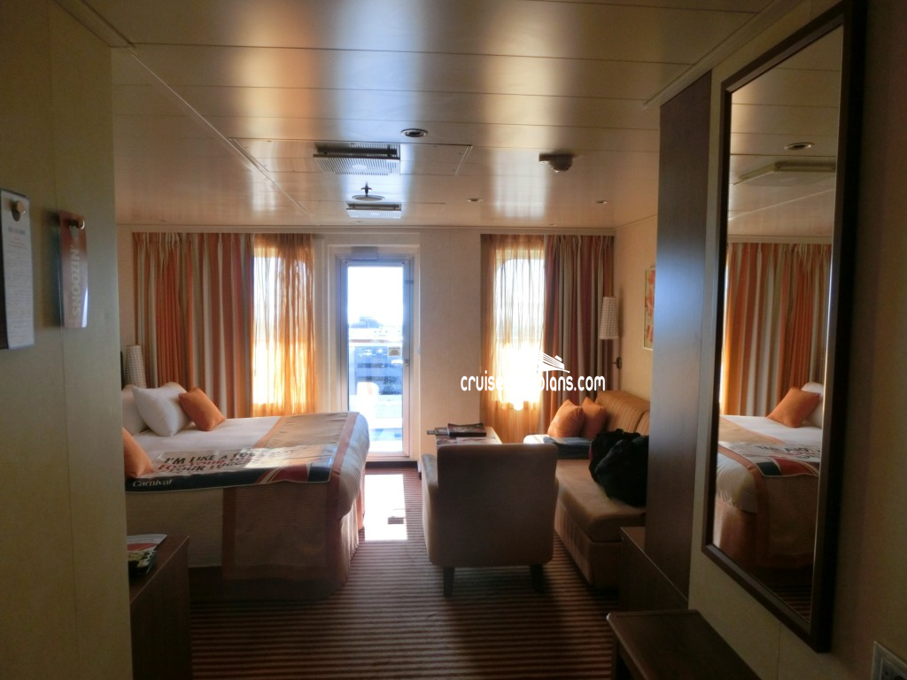 Etonnant Cruise Deck Plans