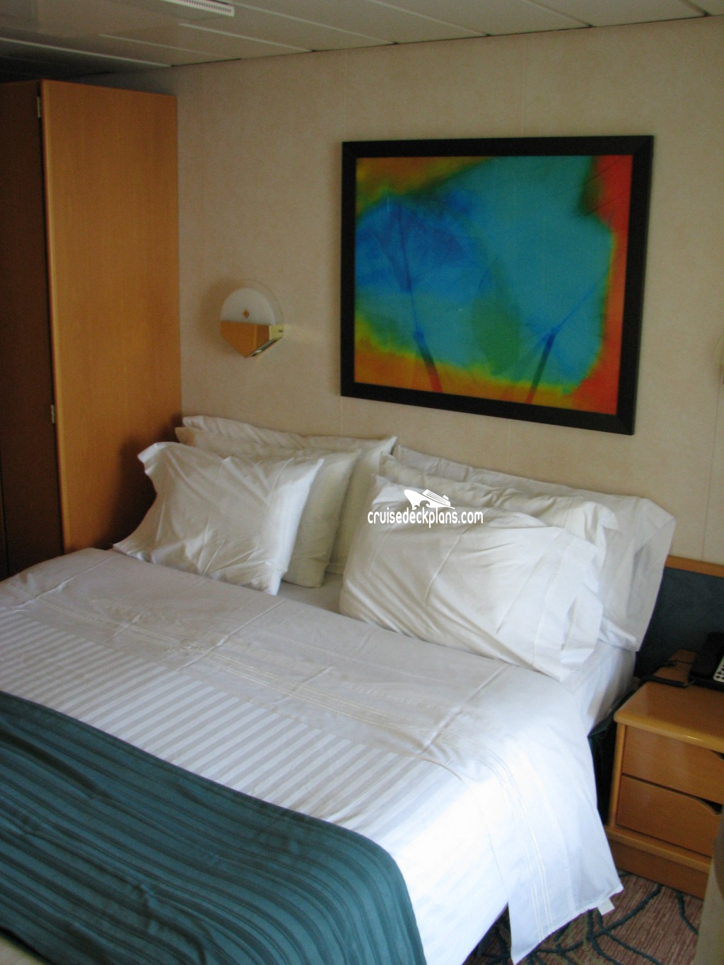 2 Bedroom Suite Mandalay Bay: Enchantment Of The Seas Grand Suite