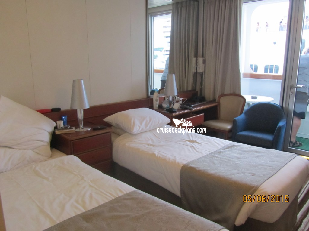 Pacific jewel balcony category for Balcony stateroom