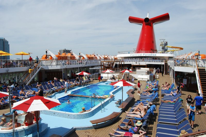 Carnival Paradise Pool Pictures