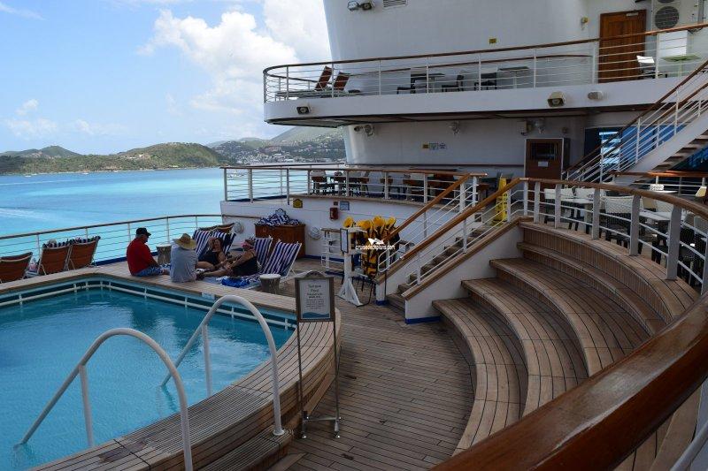 Golden Princess Ship Review |Pool Terrace Grand Princess
