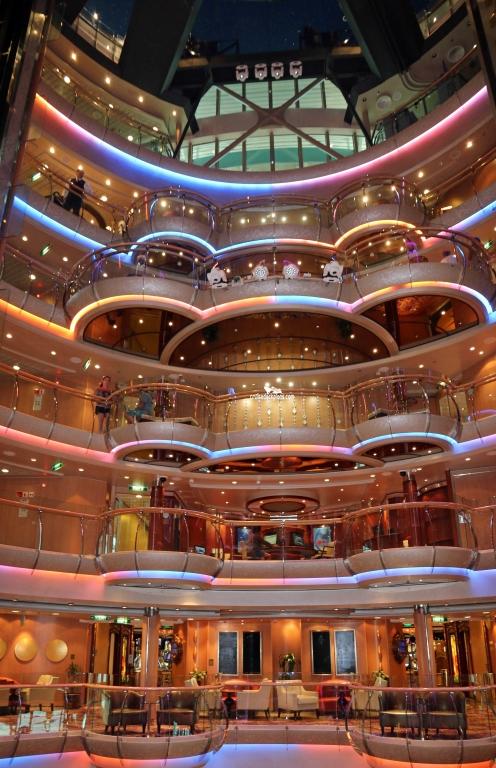 Serenade Of The Seas Centrum