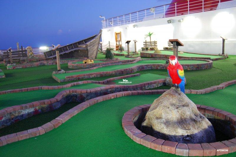 Carnival Dream Mini Golf Pictures