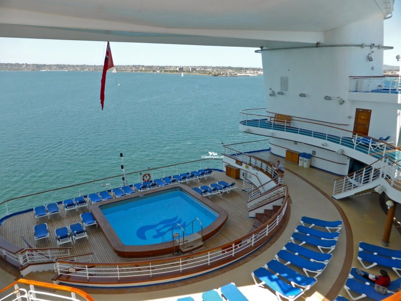 Star princess terrace pool pictures for Terrace pool