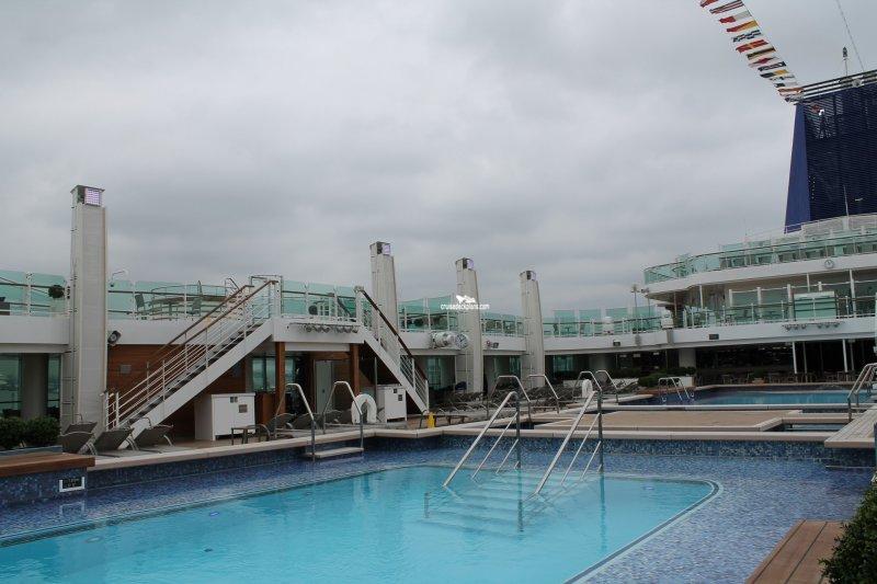 Britannia riviera pool pictures - Riviera pool ...