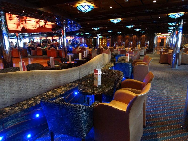 Costa fascinosa grand bar topkapi pictures for Quanto costa arredare un bar