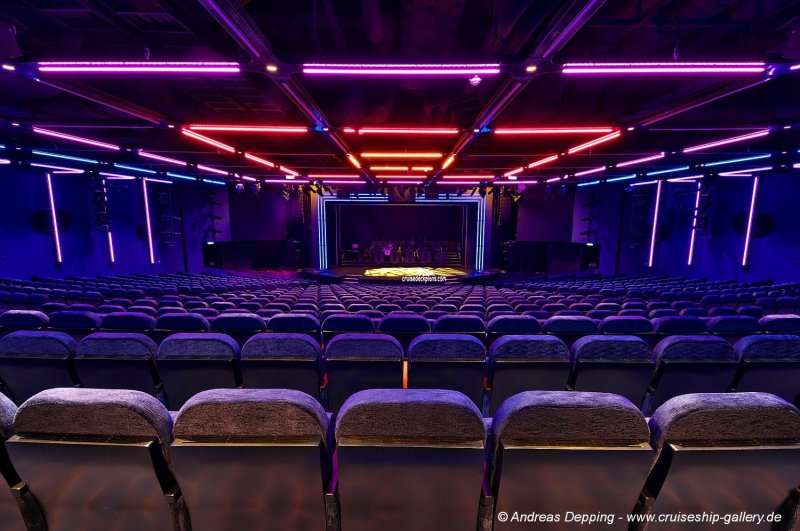 Norwegian Escape Escape Theater Pictures