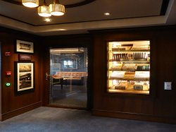 Norwegian Escape Tabacco Road anonymous