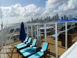 Norwegian Escape The Haven Private Sundeck Lou