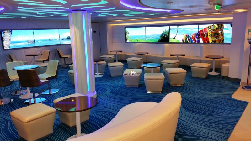 Norwegian escape studio lounge pictures for Escape room equipment