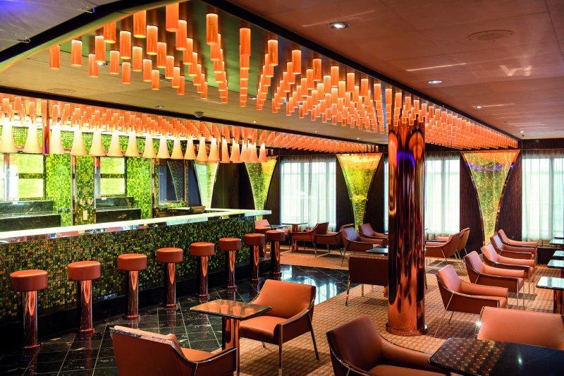 Costa diadema bollicine bar pictures for Deckplan costa diadema