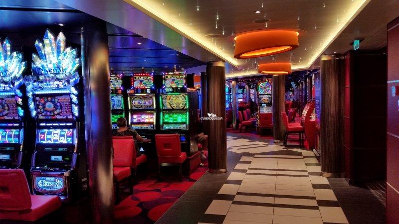 Vista queen casino 2 man golf gambling games