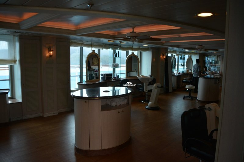 Golden princess beauty salon for Adonia beauty salon
